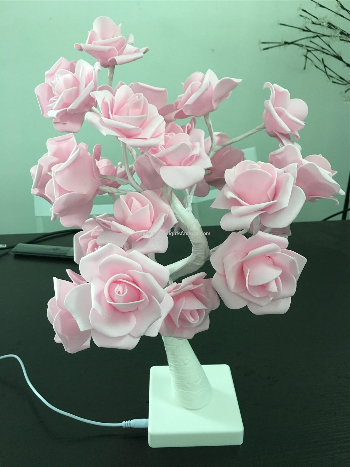 Promotional Table Lamp Rose Tree Lamp With Ac Adapter Flexible Pink